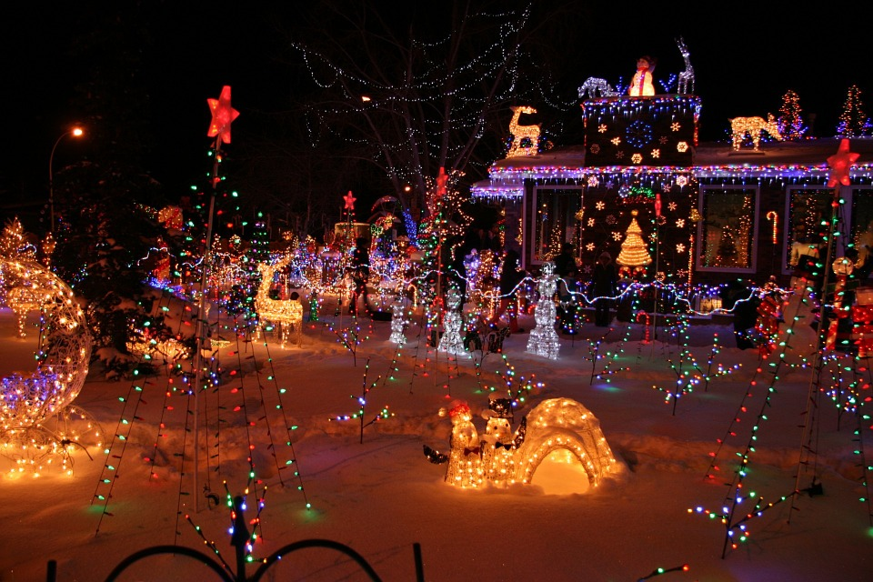 holiday light tour in mn easy affordable 1st class transportation